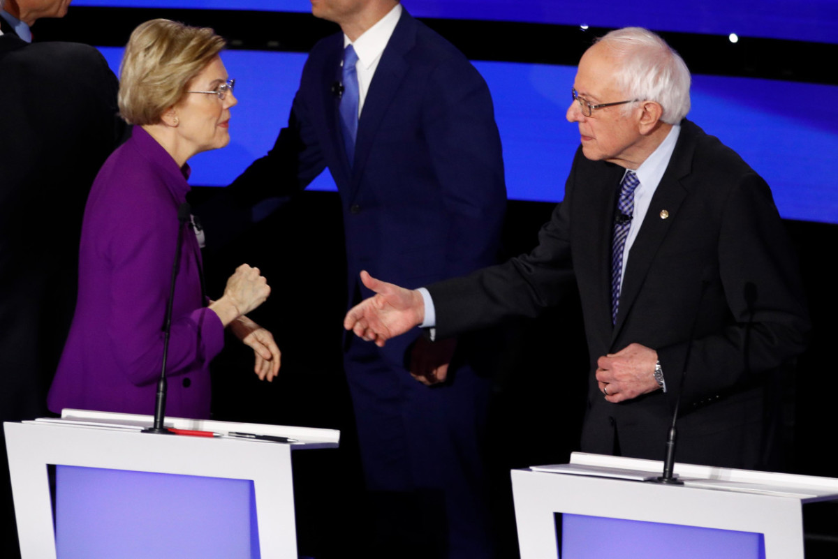 Did Warren Snub Sanders' Handshake?