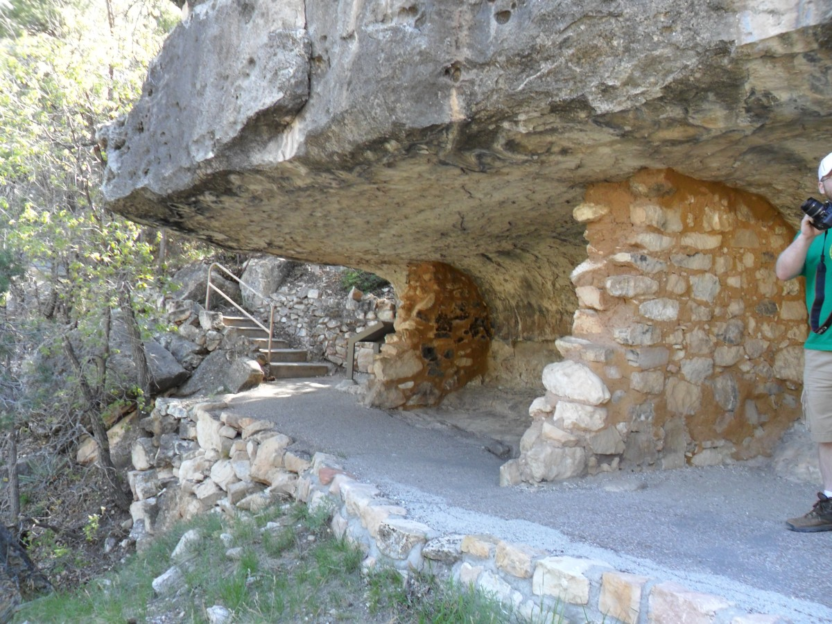 Cliff Dwellings on the Island Trail
