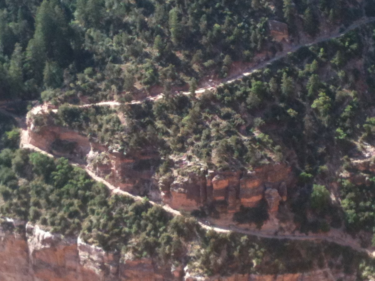 Broad Switchback on Bright Angel Trail