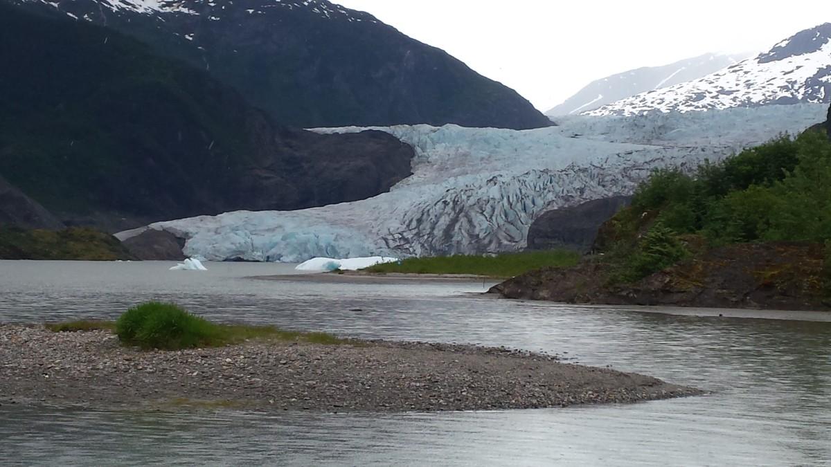 Mendenhall Glacier – Southeast Alaska's Great Wonder