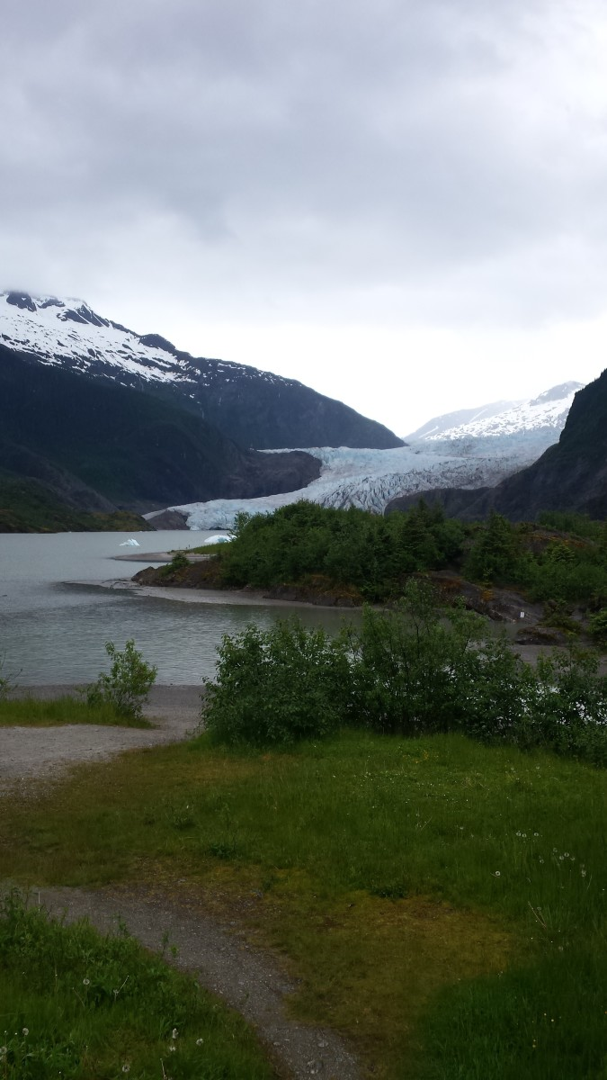 Mendenhall Glacier: Southeast Alaska's Great Wonder