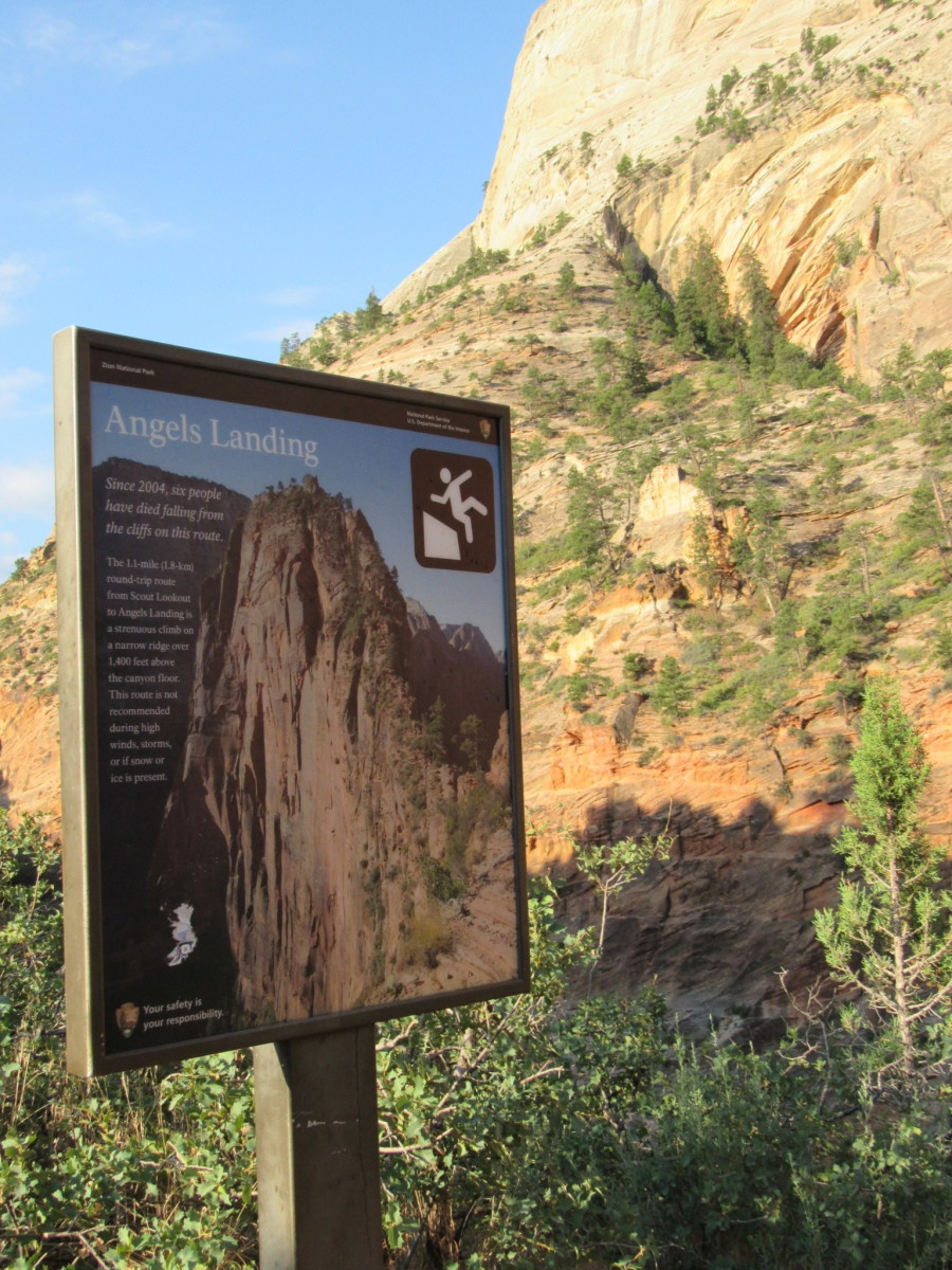The warning before the last half mile to Angels Landing