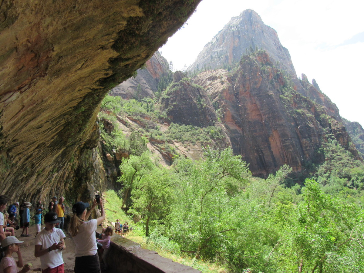 The overhang at Weeping Rock