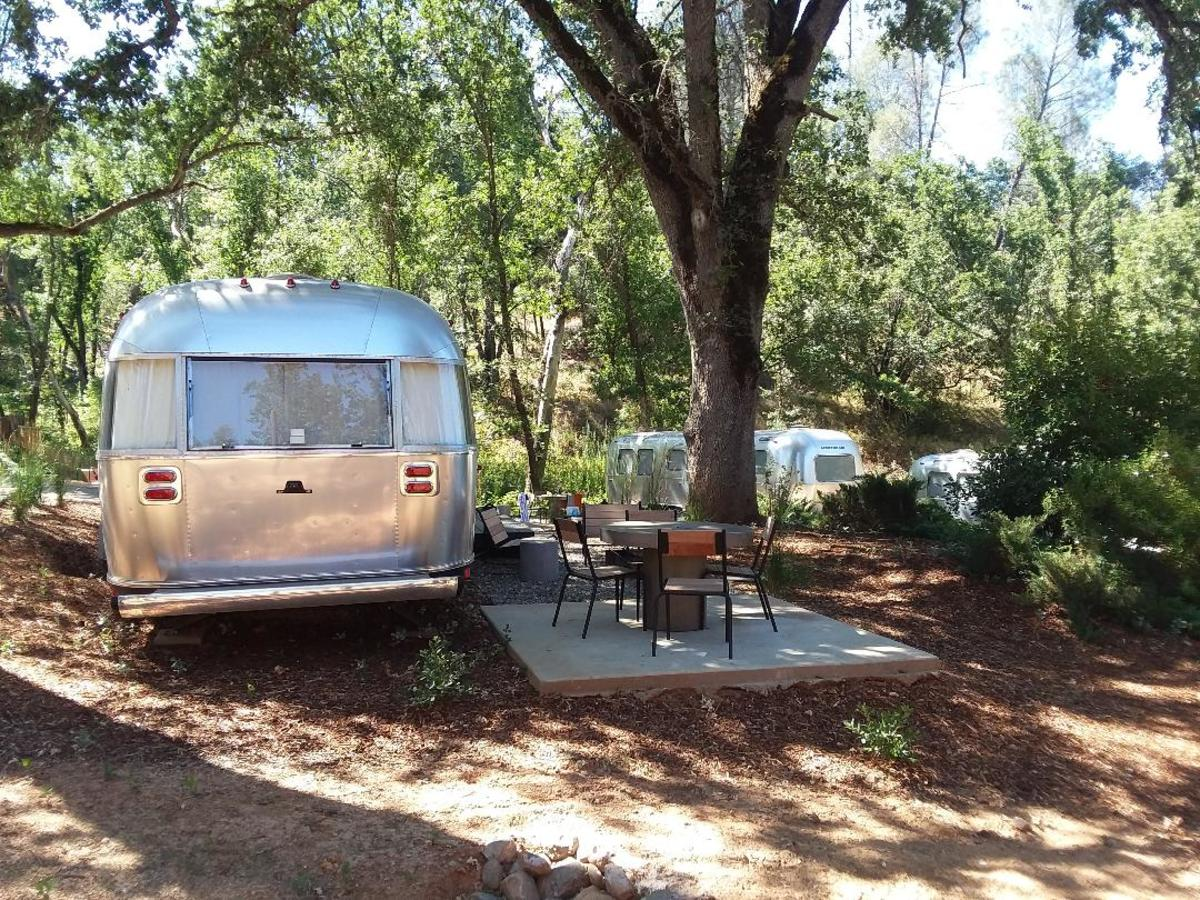 auto-camp-glamping-russian-river-near-guerneville-sonoma-california