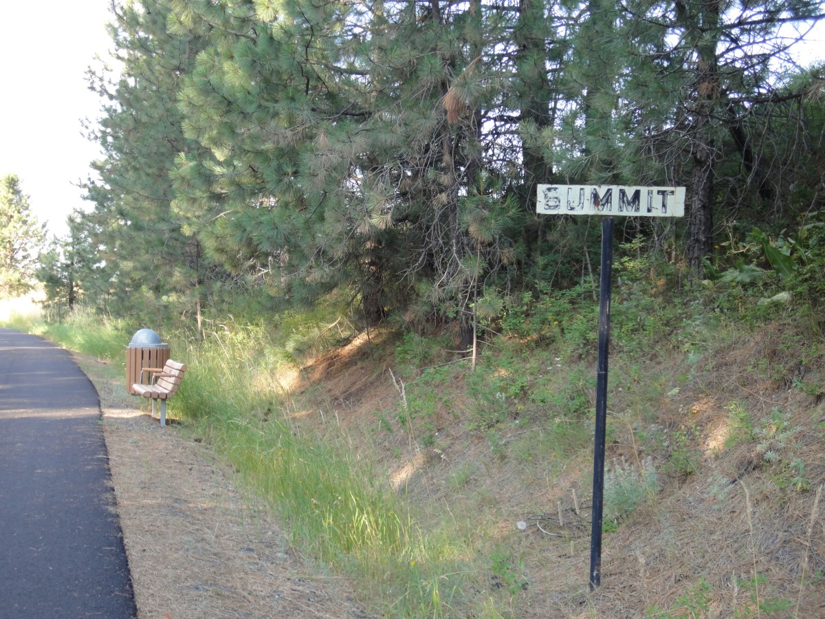 Summit, the highest point on Latah Trail before beginning descent into Troy, Idaho