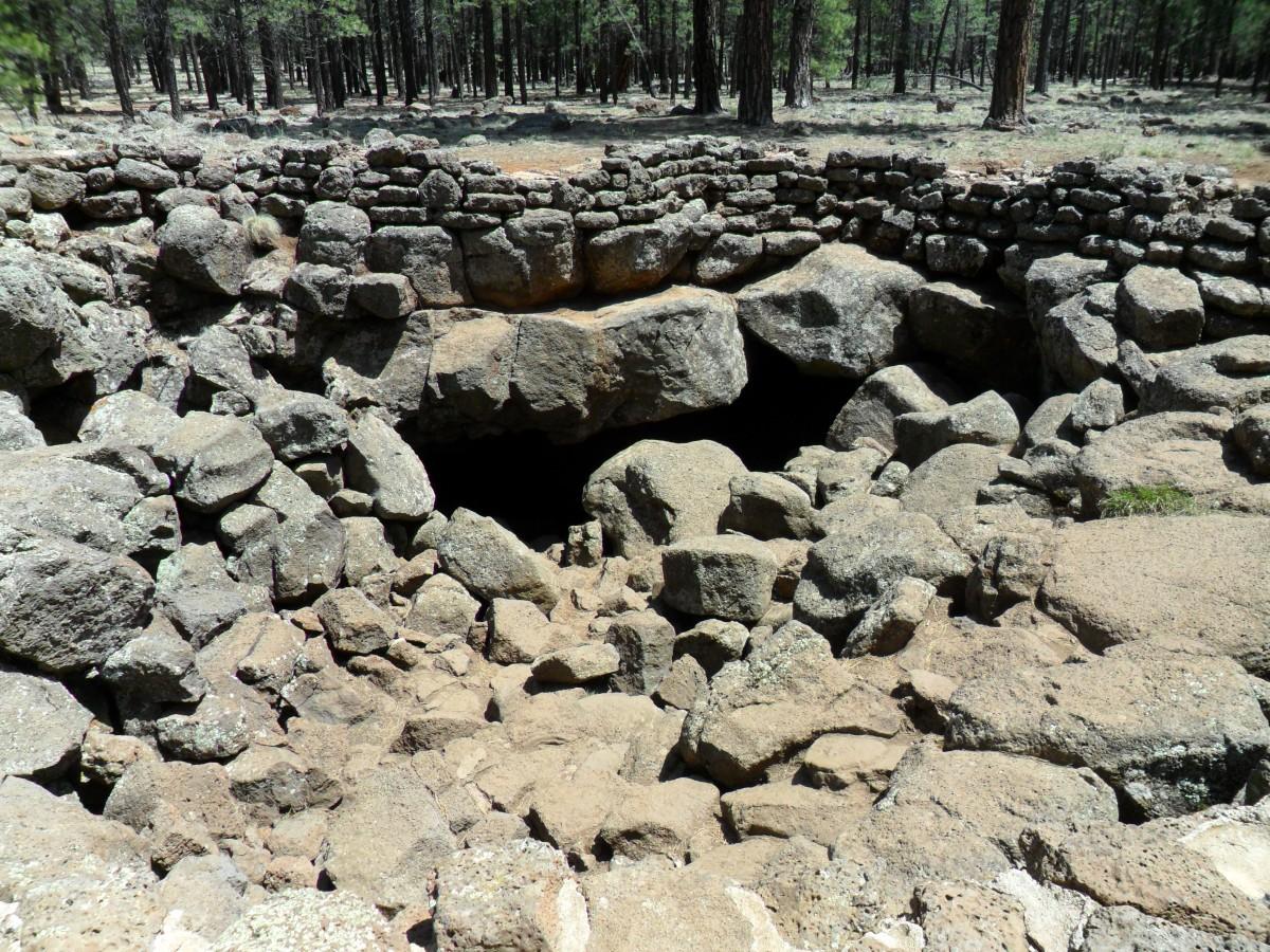 Lava River Cave entrance