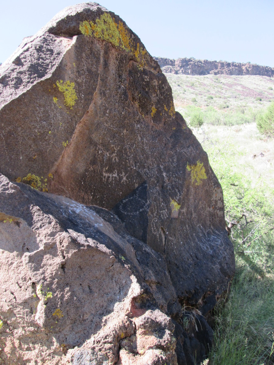 Petroglyphs along the Bell Trail.