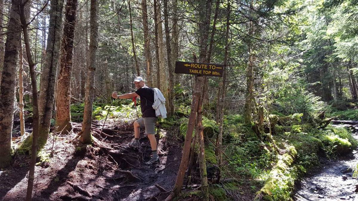 adirondack-hike-tabletop-and-phelps
