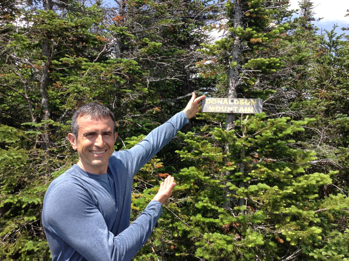 The summit sign for Donaldson