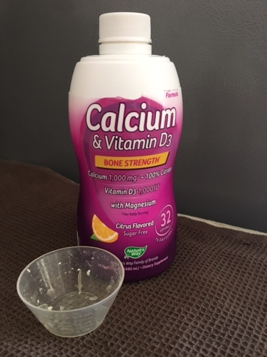 My opened Wellesse calcium bottle with the serving cup.