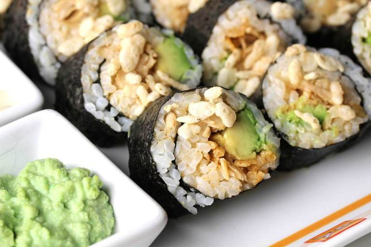 Spicy jackfruit sushi