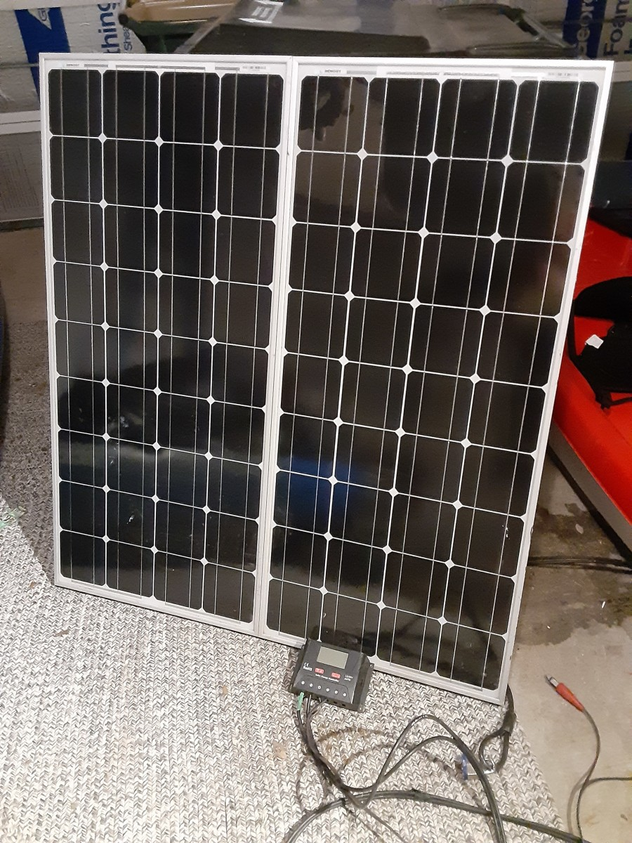 An easy to build solar power station to charge your vehicle battery or storage batteries.