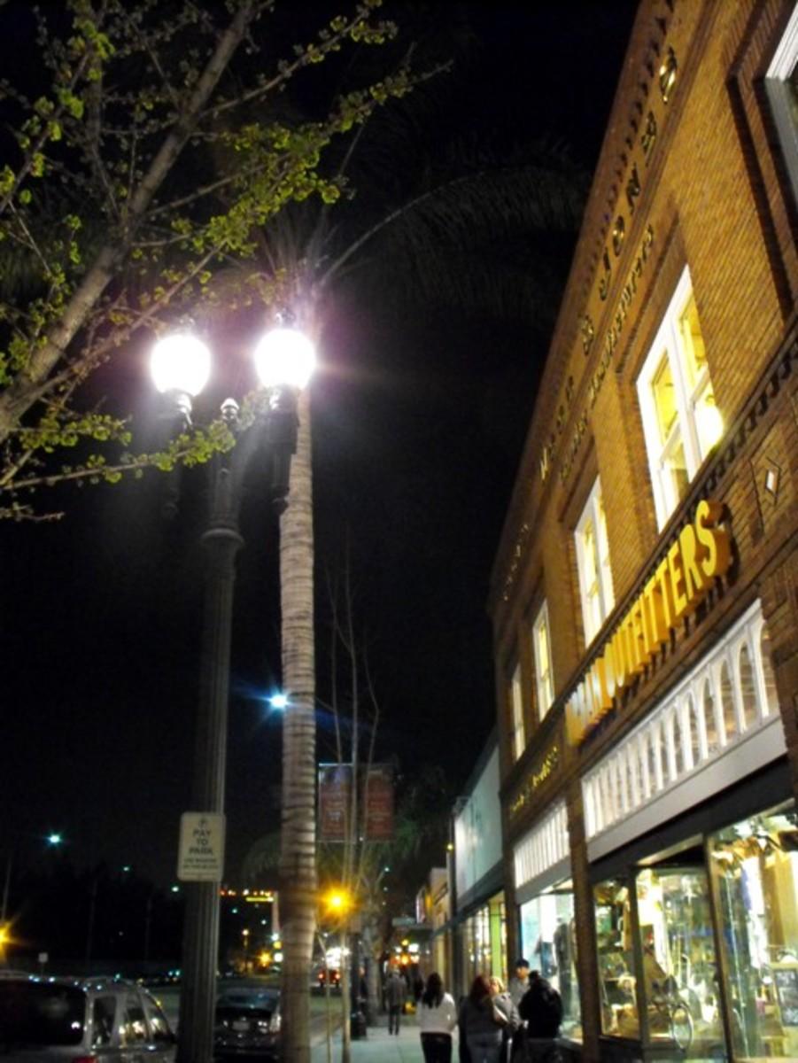 Pasadena, CA street light