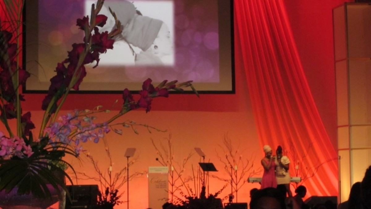 "The beautiful stage for the ""Women Who Dared to Dream"" luncheon with India Arie and Ledisi offering a duo performance."