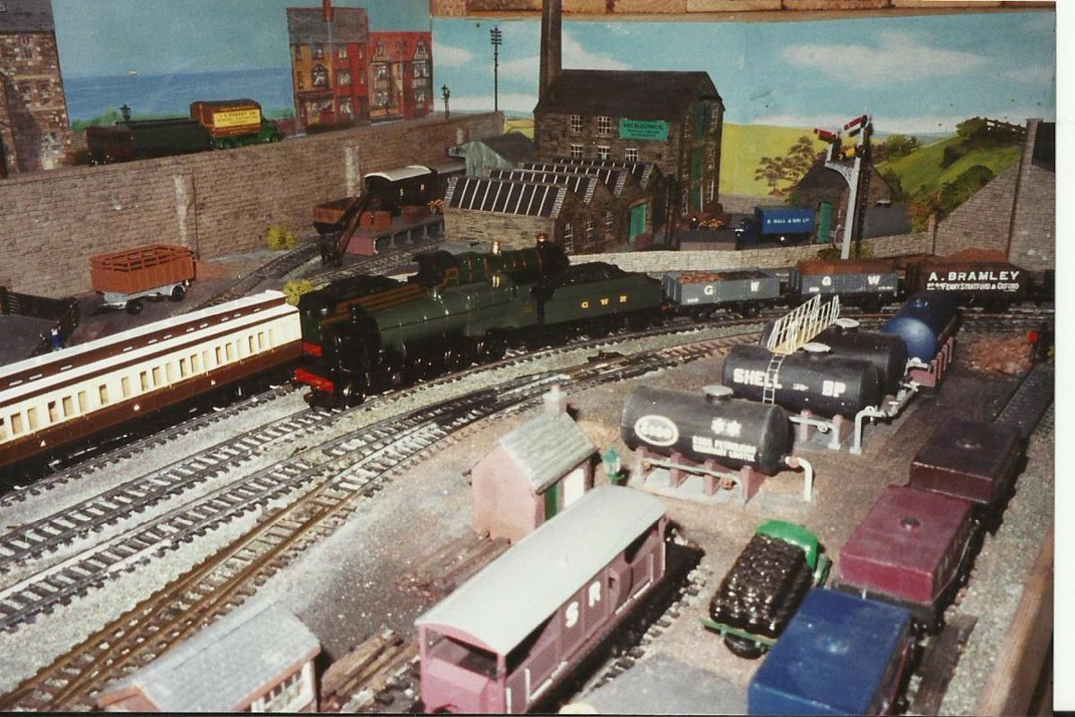 Model railway layout in the garage - no room for the car!