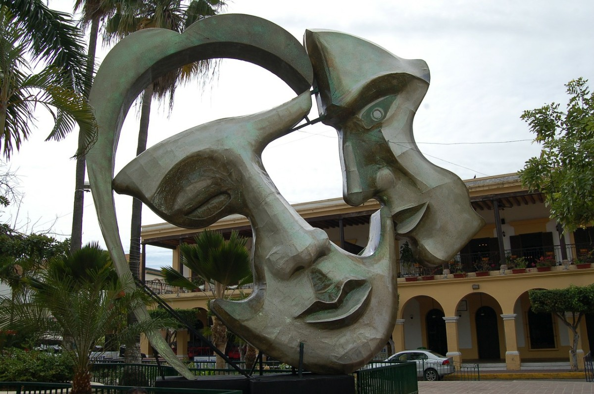Two Face Statue, Mexico