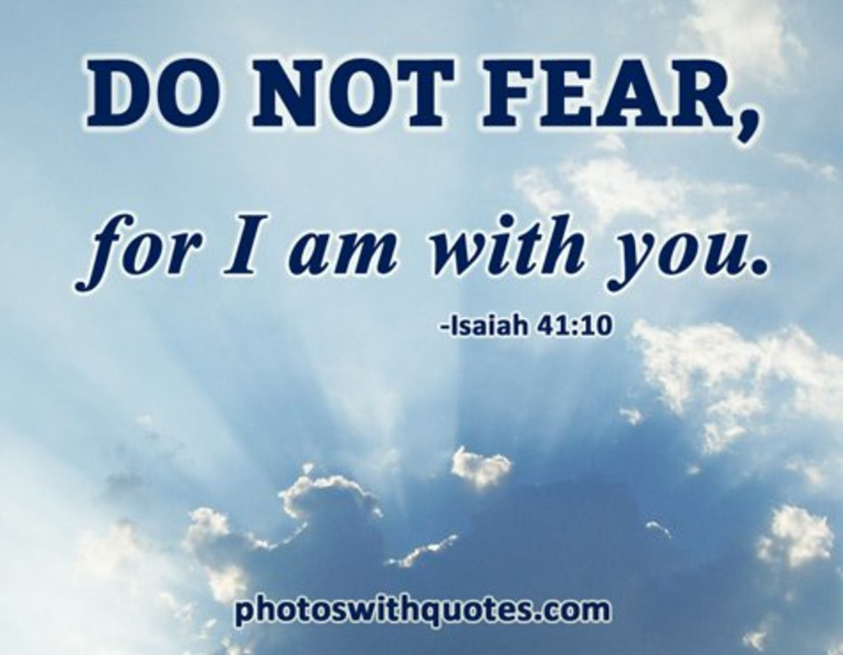 I am with you. ―Isaiah 41:10 (Free Wallpaper