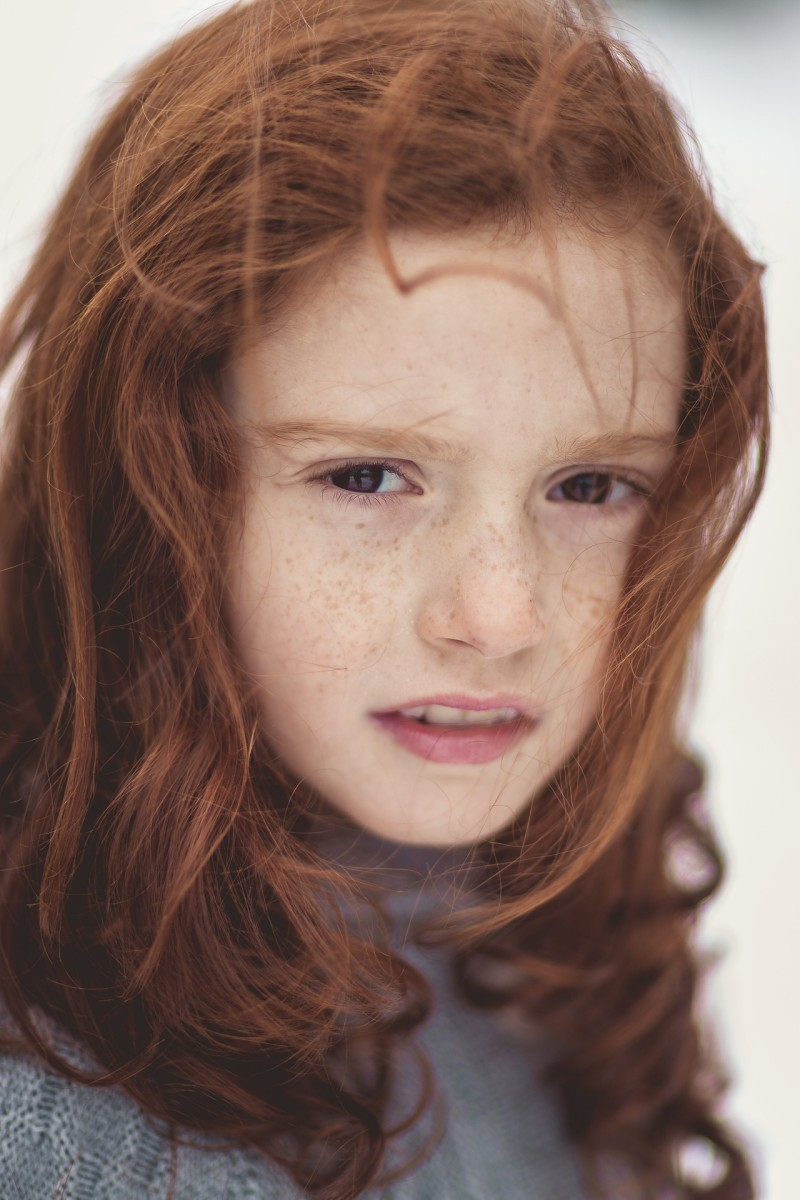 She [Gita] had red hair and freckles.