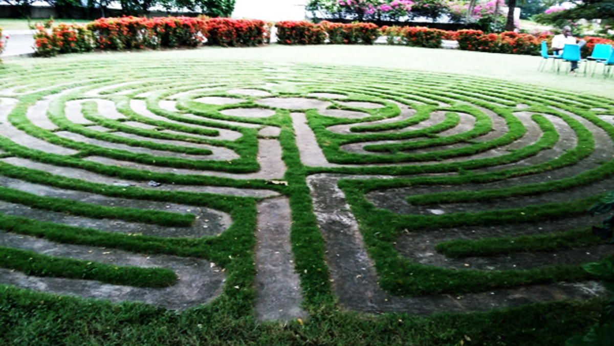 Labyrinth - A space for enjoyment of personal or group meditation / mindfulness walks