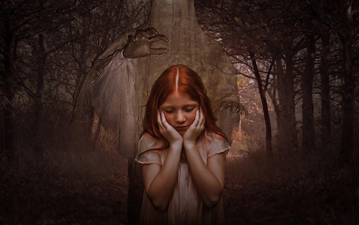 terror-lurks-when-youre-alone-a-dark-poem