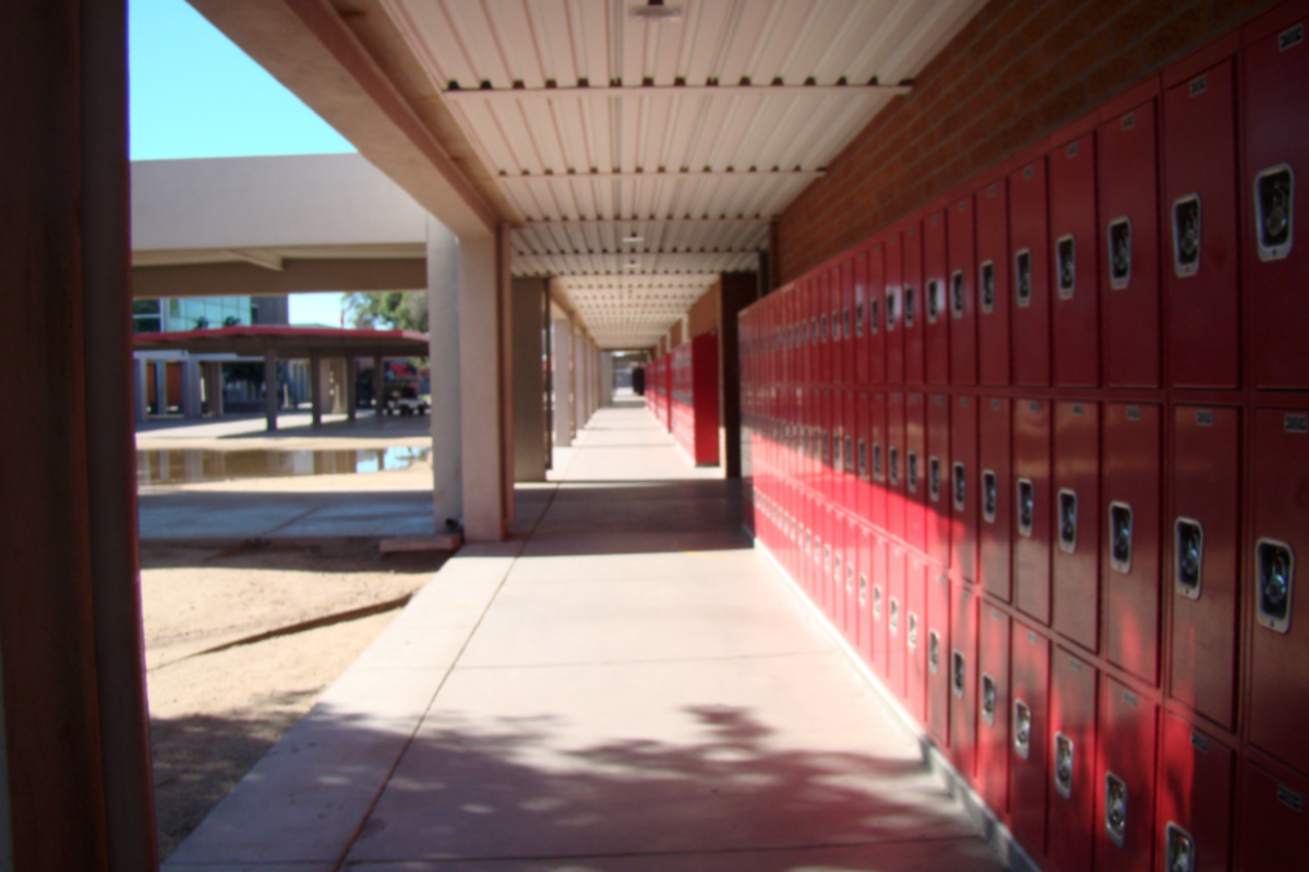 One of the first things that struck me about Agua Fria High School was that there were no inside hallways.