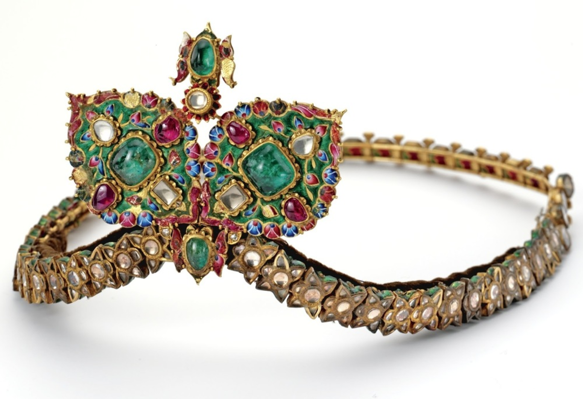 A Persian crown