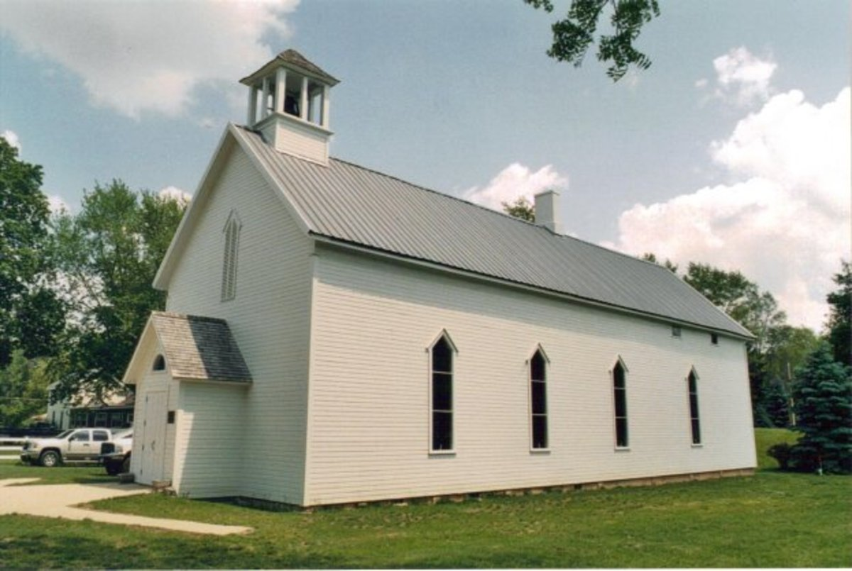 First Methodist Episcopal Church of Pokagon, Michigan where The Old Rugged Cross was first performed