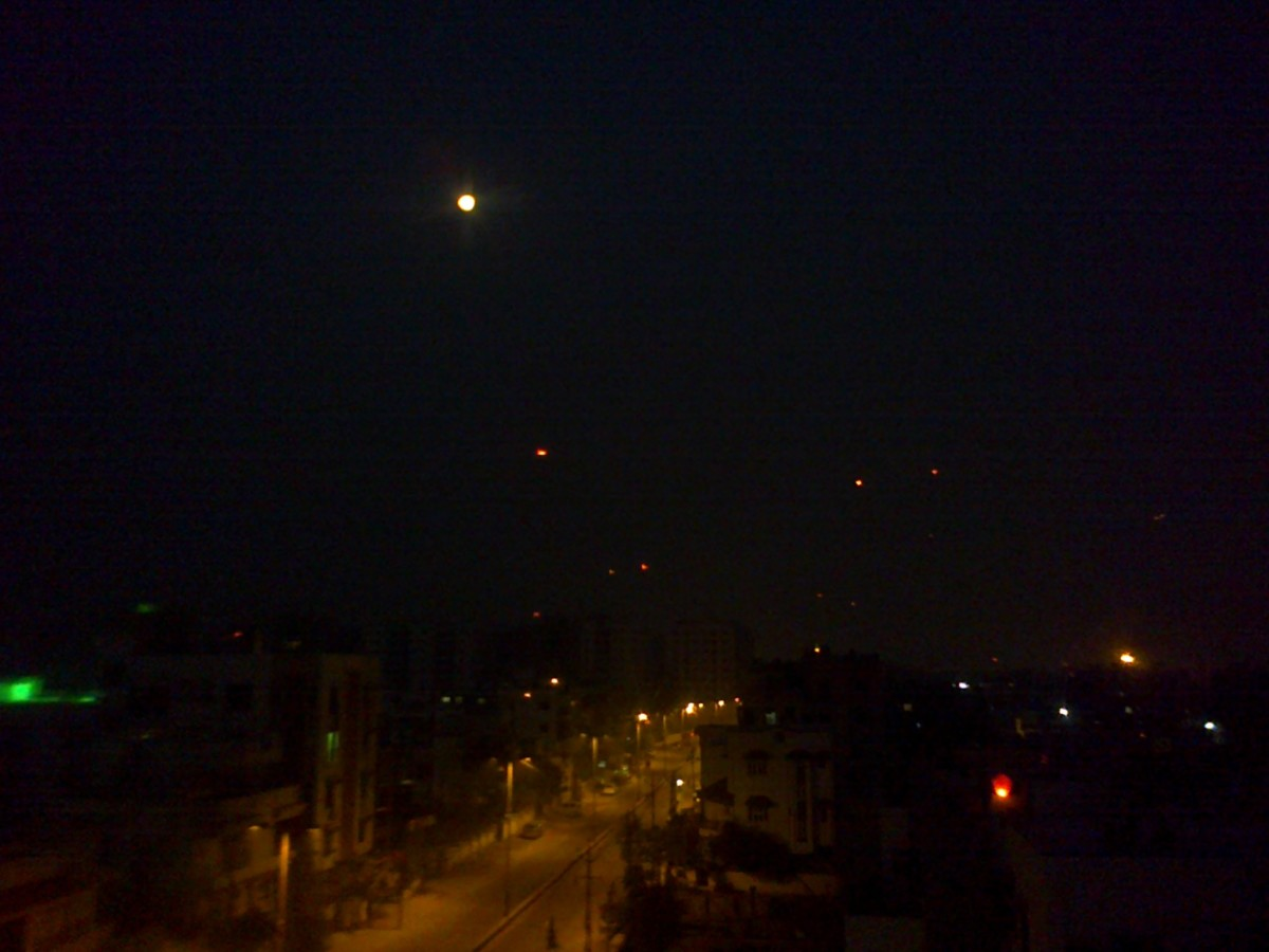 Moon-lit night on 14th January, 2014 at Vadodara .... - Vanita Thakkar