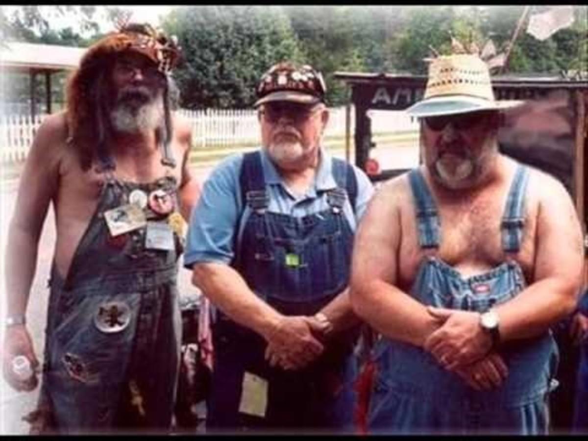 Happy, literate denizens of Pigsbutt, Alabama