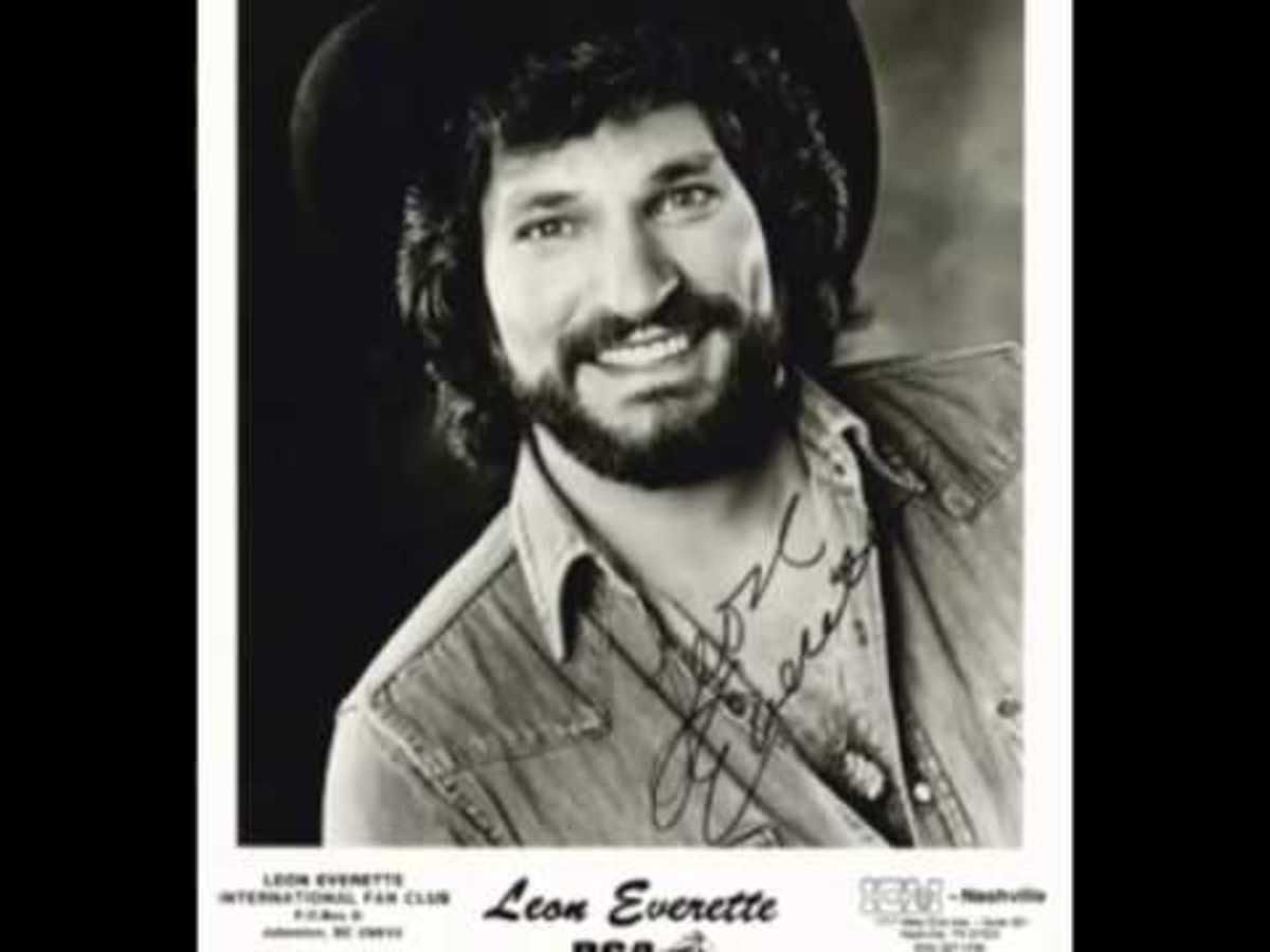 Leon Everette with beard.