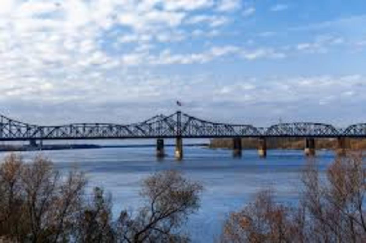 Mississippi River Bridge in Vicksburg