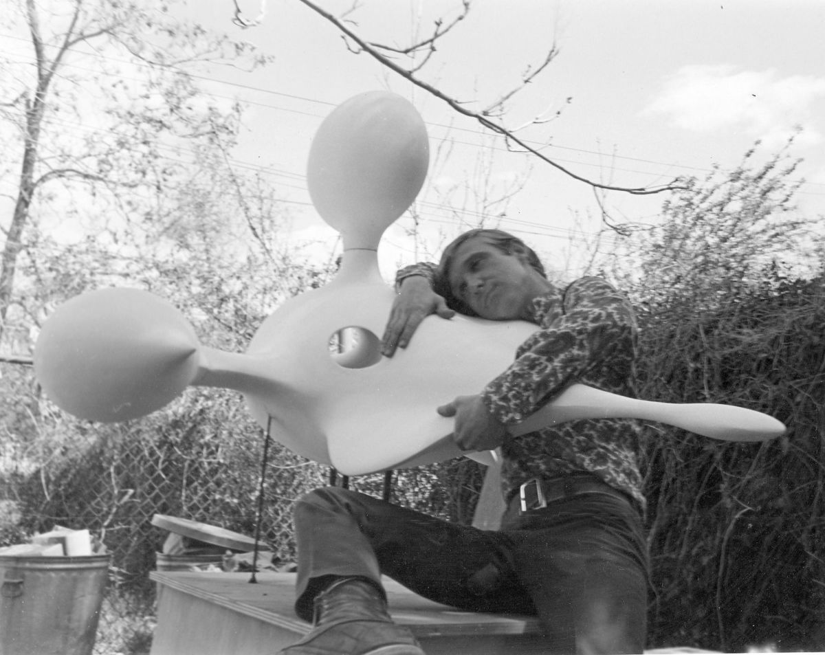 Arco and one of his sculptures, circa 1968