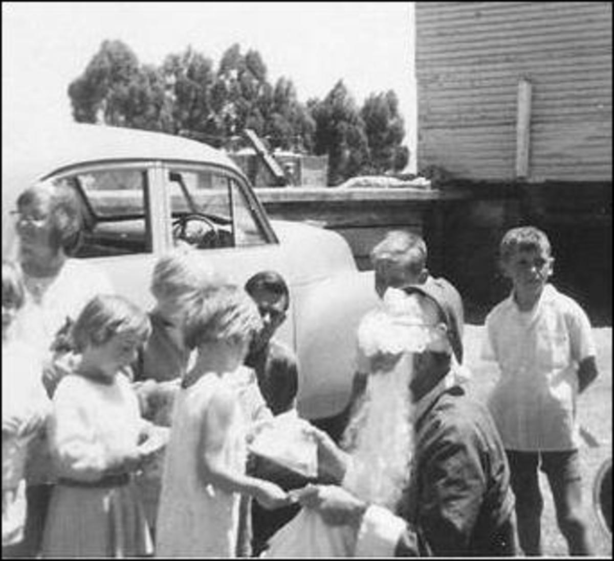 Meeting Santa at Christmas in Australia 1967