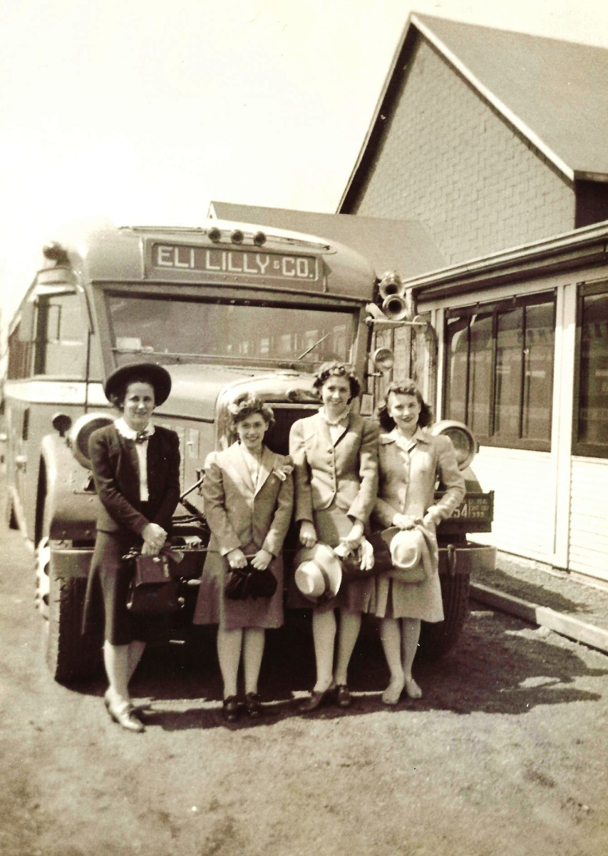 The four women pharmacy students going on that Eli Lilly trip in 1942.  My future mother-in-law is the shortest one!