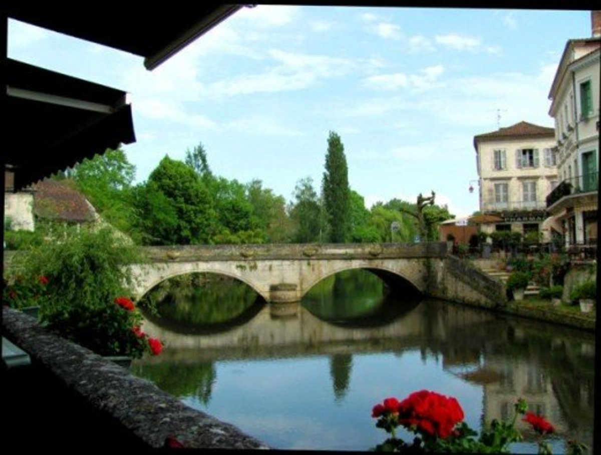 Beautiful bridges: Pont des Barris, Brantome