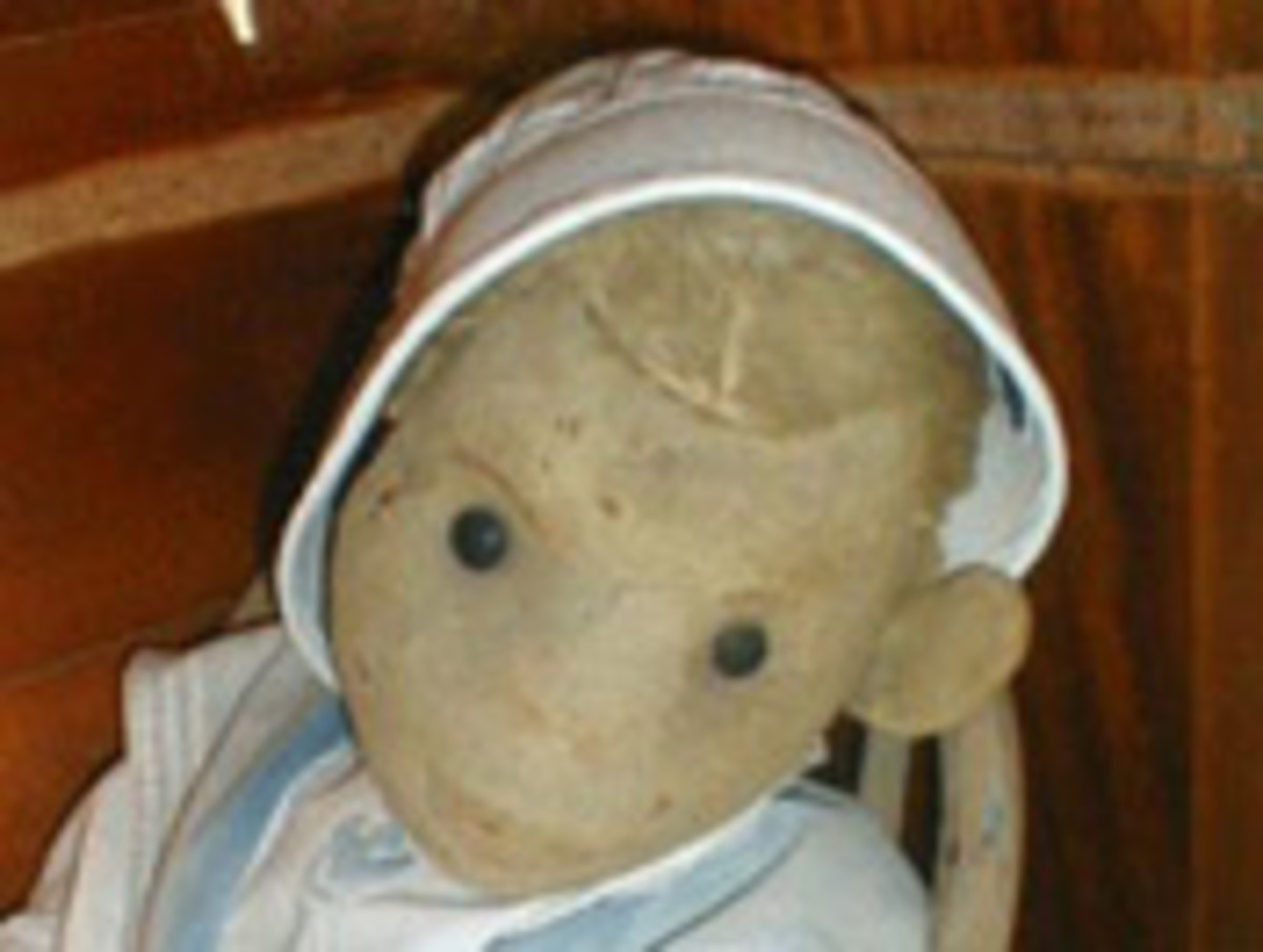 My Letter to Robert the Haunted Doll
