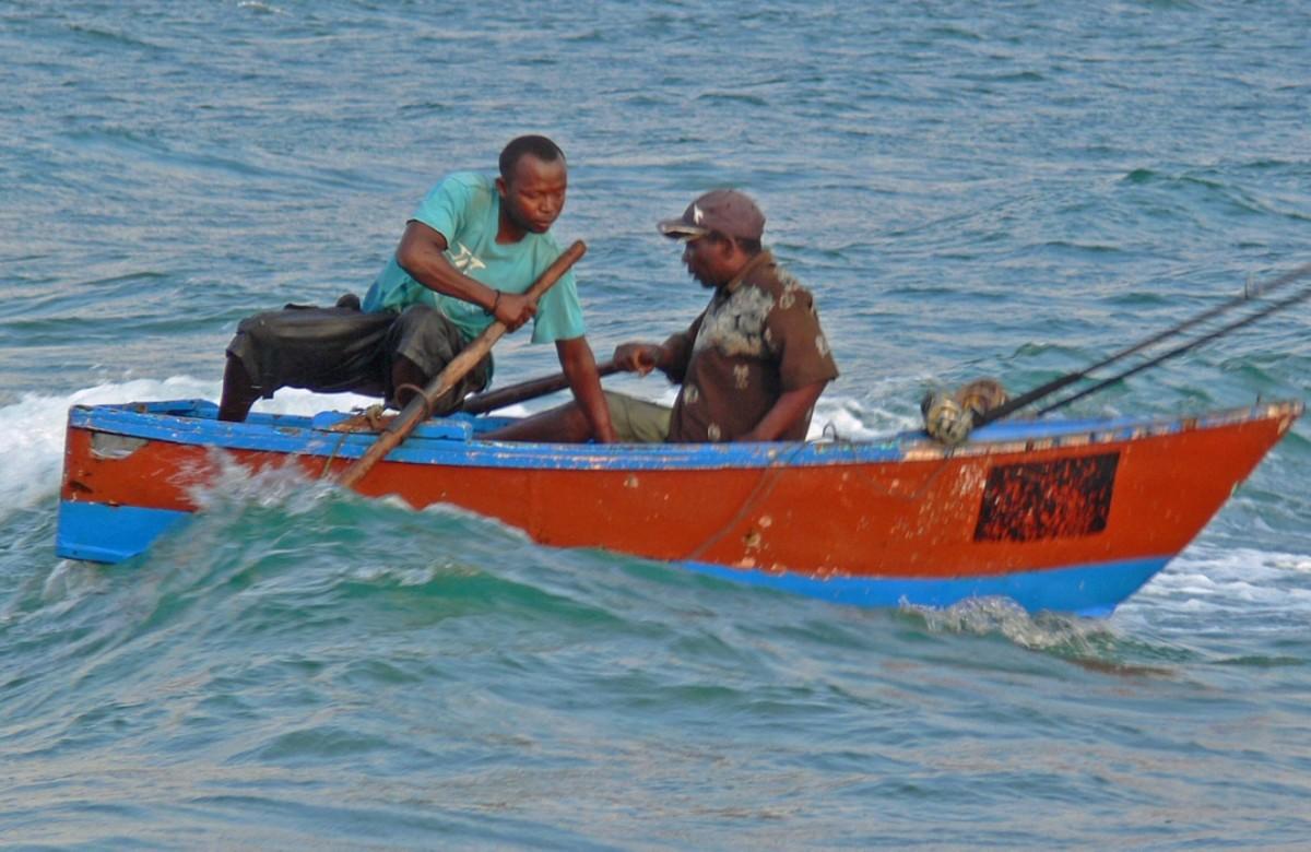 Subsistence fishermen Tofu, Mozambique
