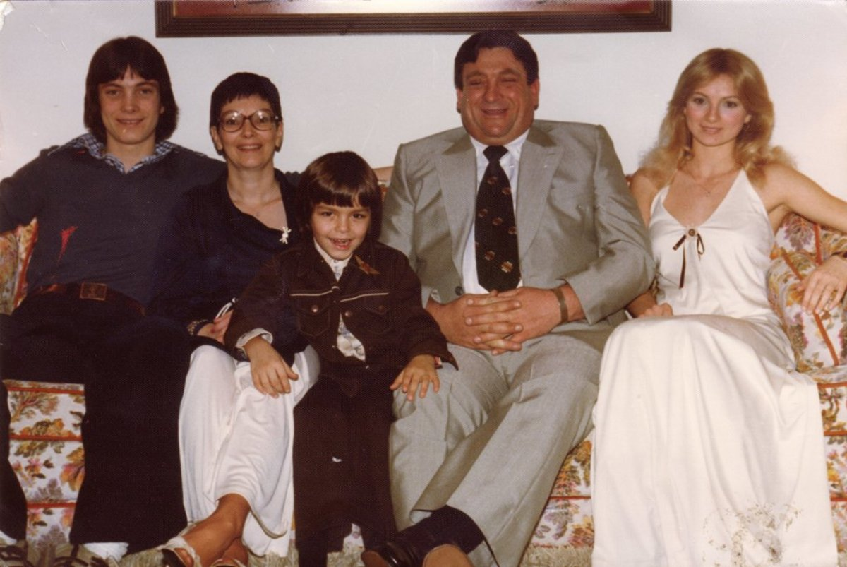 In the 1970's - Mom, Dad, Johnny, Larry and Me (Barbara)