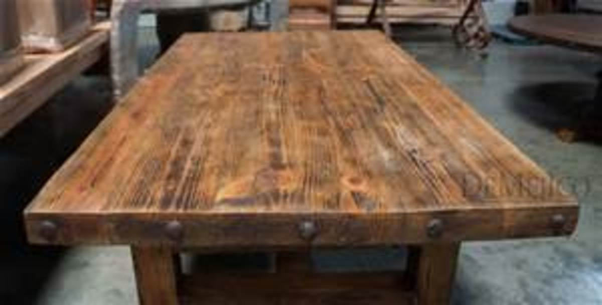 the-old-wooden-kitchen-table-in-rhyming-fashion