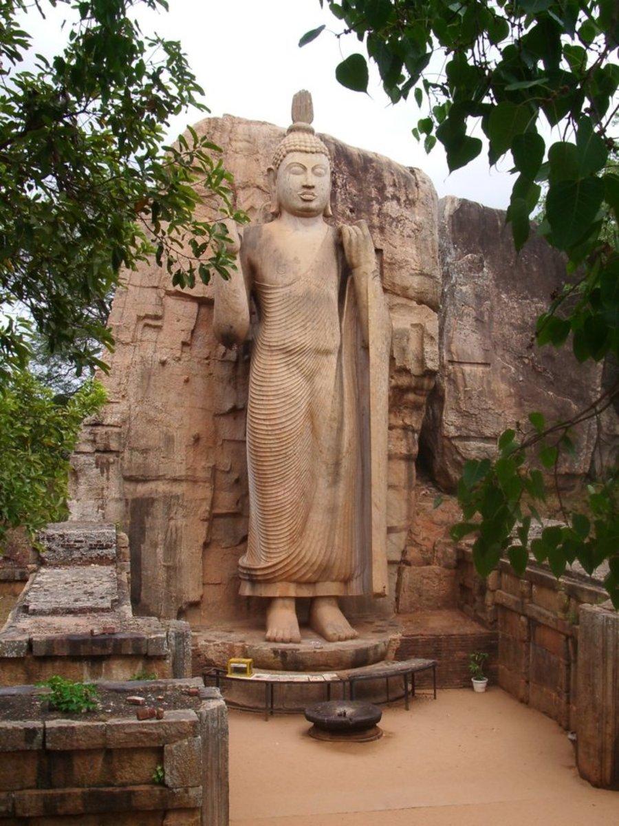 donald-trump-kfc-and-buddha