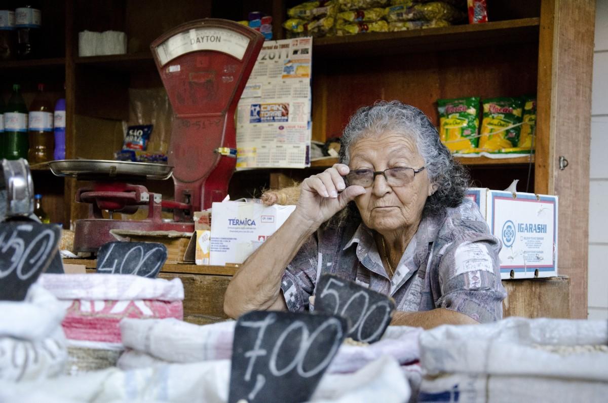 Mrs. Hargrove, proprietor of Hargrove's Grocery.