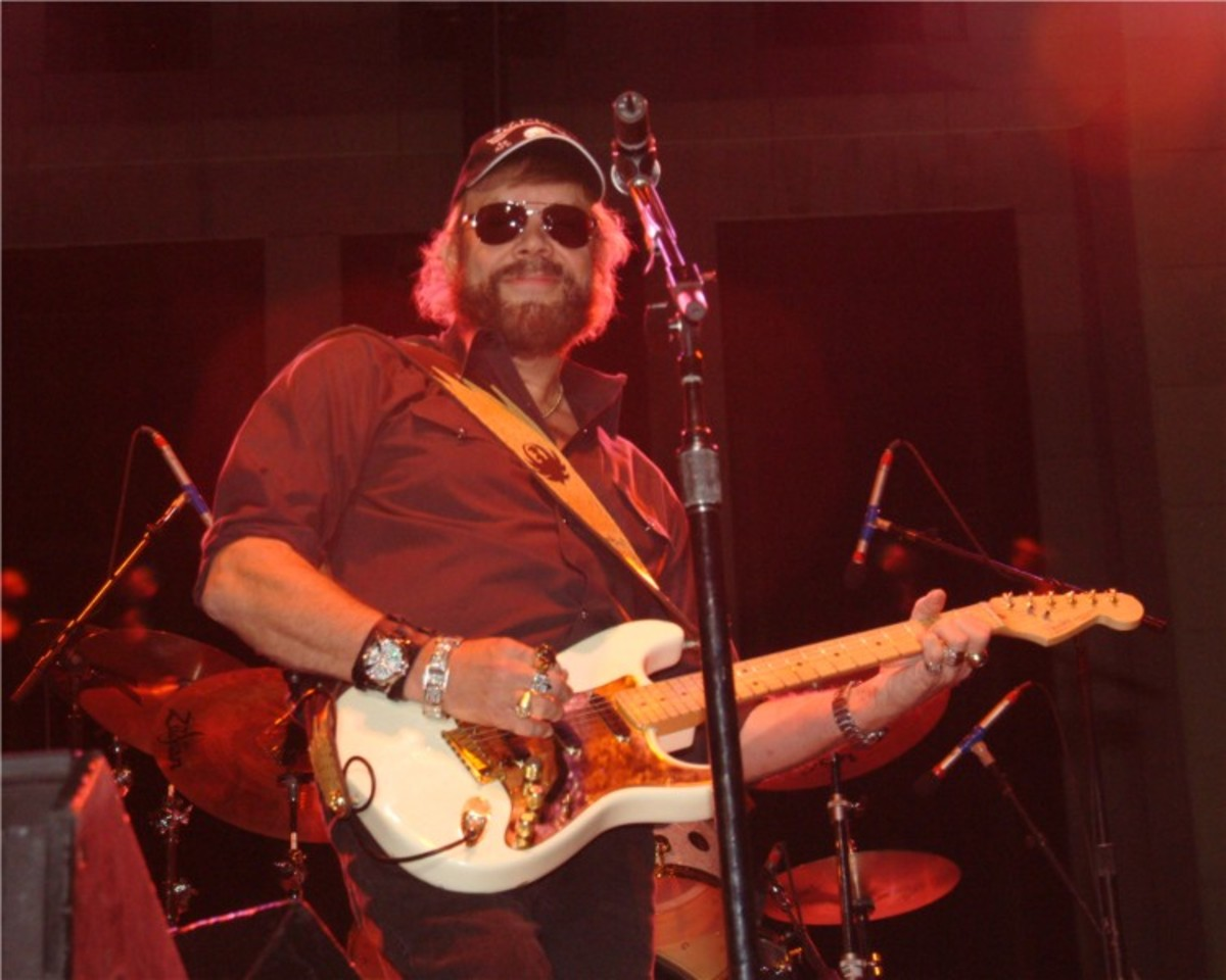 Hank Williams, Jr.,  performing in a concert  in Birmingham, AL.