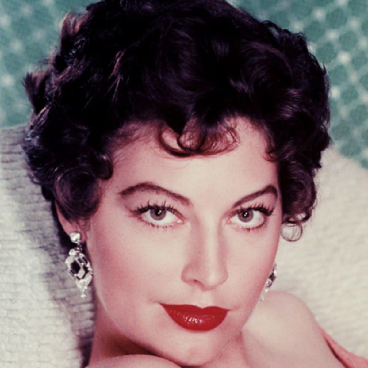 The lovely Ava Gardner, one of my personal favorite celebrity females.