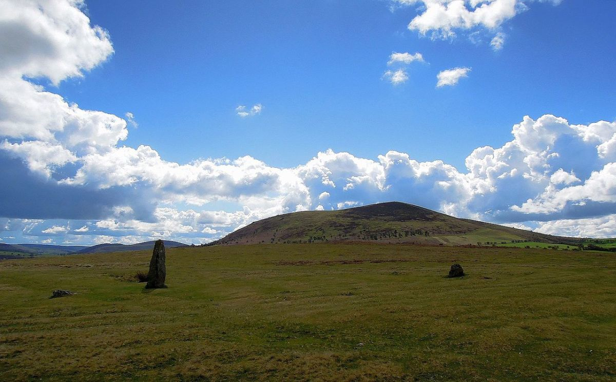 Mitchell's Fold Stone Circle looking towards Corndon Hill, Shropshire, by originalpickaxe