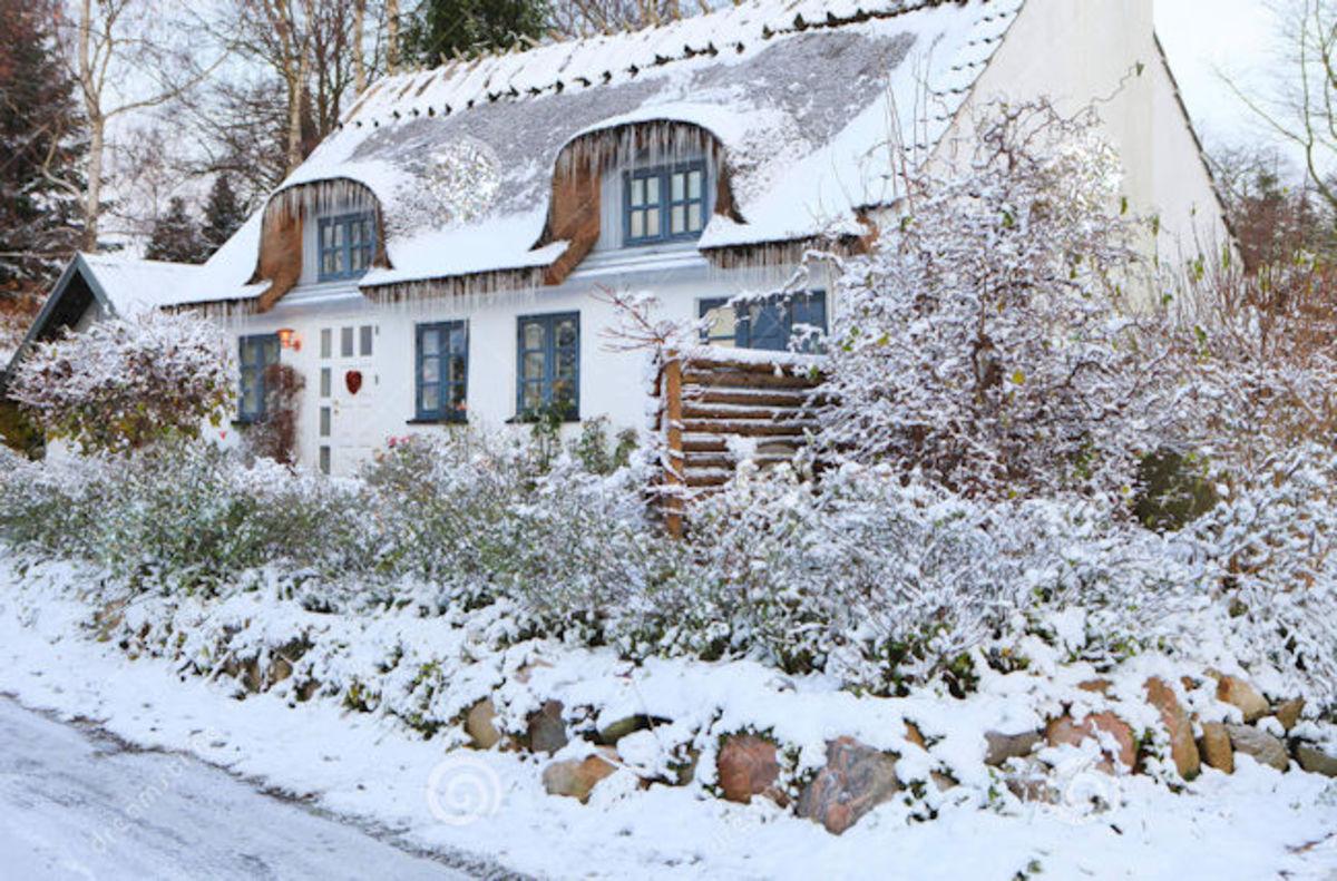 Remember the Christmas Cottage Inn