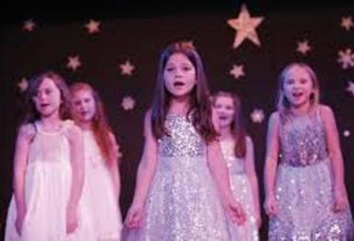 A Chorus Singsong