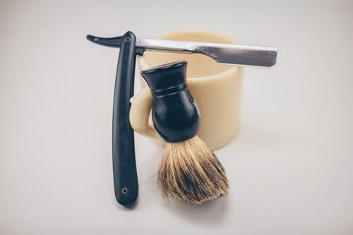 These are the tools that my dad used to cut hair.