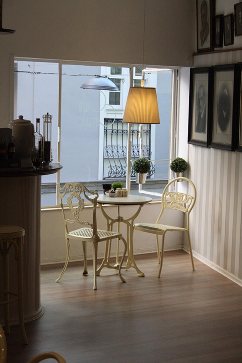 Small dining in small spaces.
