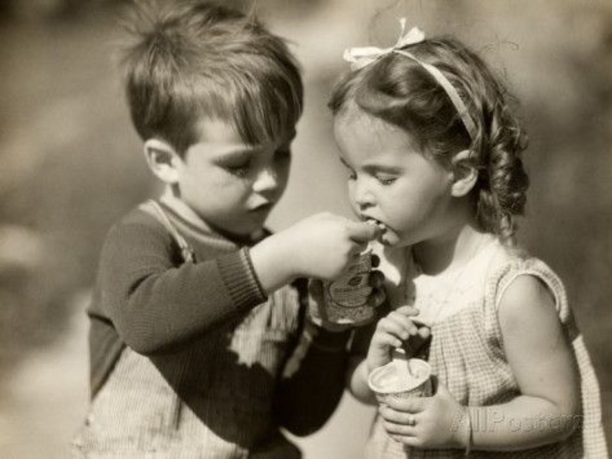 Kids eating ice cream 1960's
