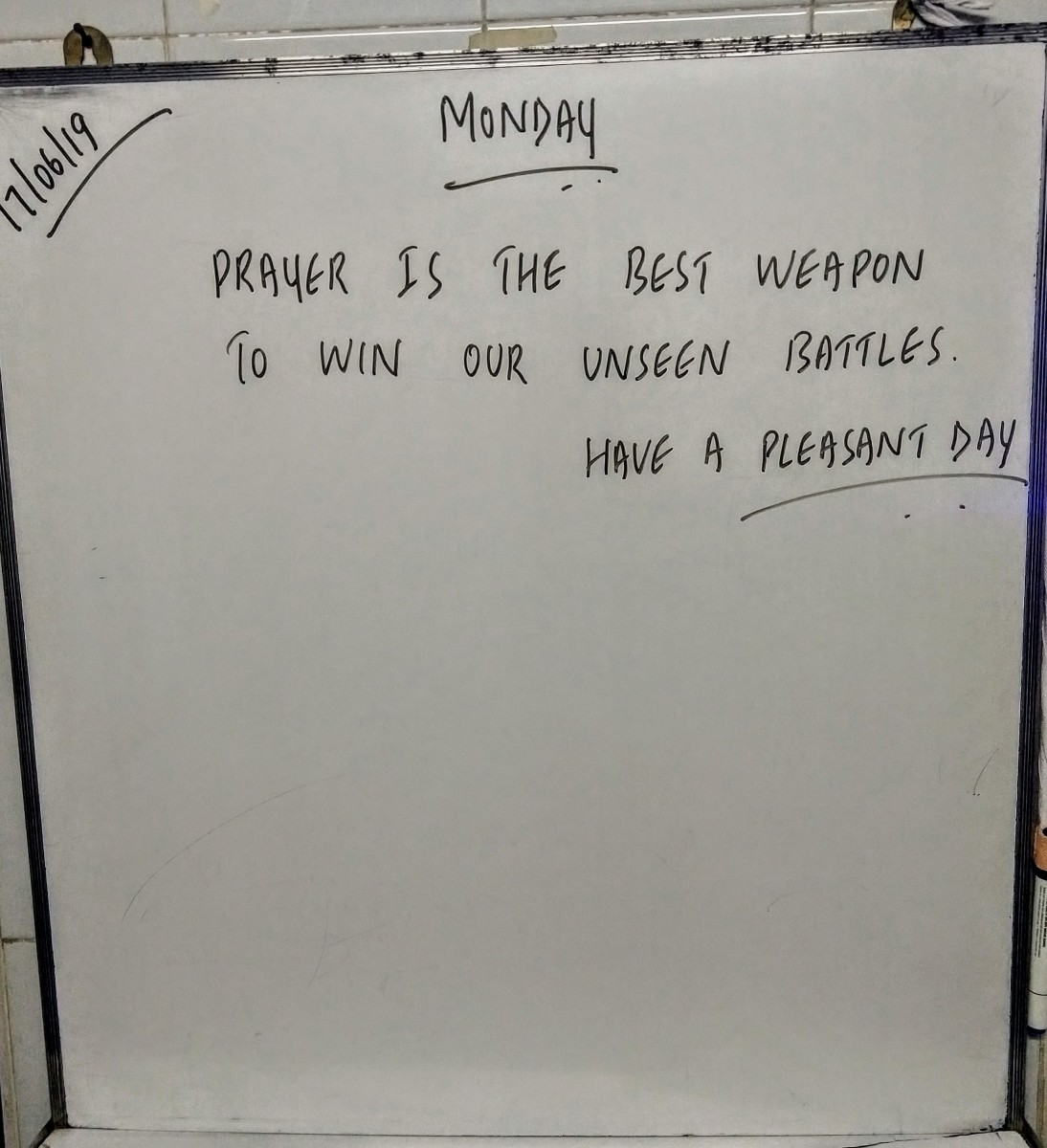 Five Short White Board Quotes That Will Improve Your Life Letterpile Writing And Literature